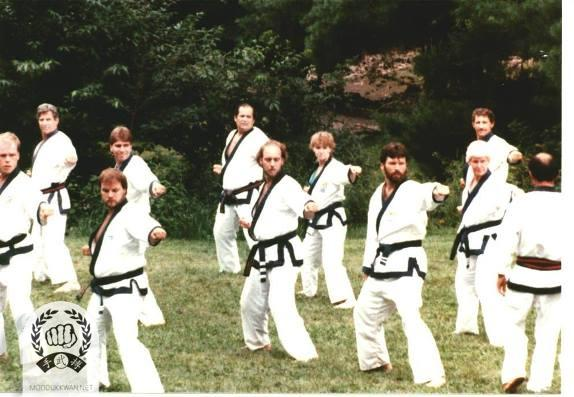 he 1987 Summer Camp at the Pathwalki Center, NY. John Burke (21595), Vic Martinov (10189), Cluie Huffman (23705), Rick Bailey (20514), Ted Smith (22011), Sue Robin (19459), Mark Wilson (21360), Doris Beaven (19765), Lawrence Seiberlich (1815) are shown in this photo.
