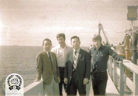 Hwang Kee KJN visit with (from left) Vic Martinov (10189), Jae Joon Kim (38), and Chuck Norris (2819) in California during 1970.