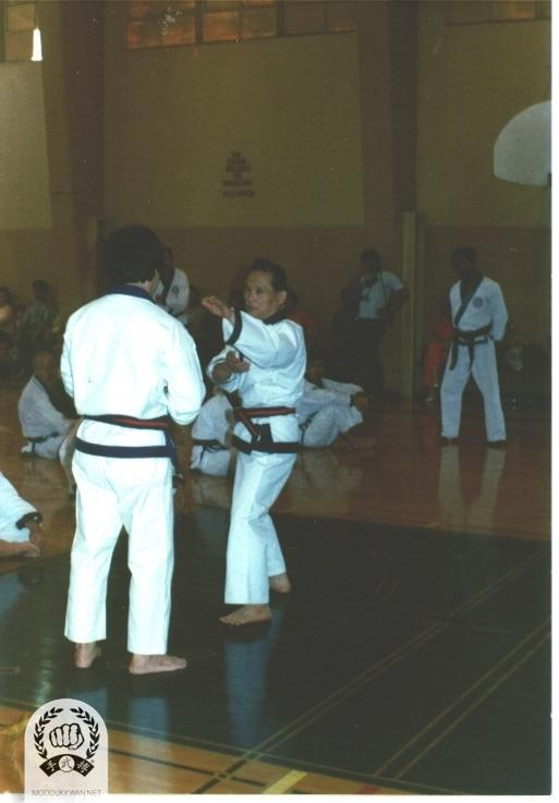 The founder's clinic in California during 1979. CS Kim (2457) is assisting the clinic.