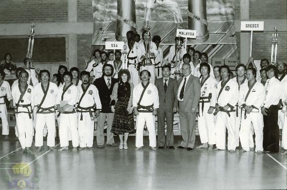 1978-10_3r...