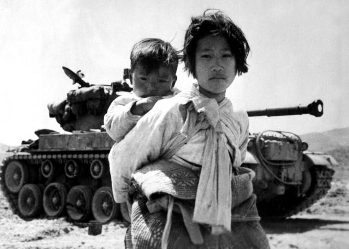 http://www.boston.com/bigpicture/2010/06/remembering_the_korean_war_60.html
