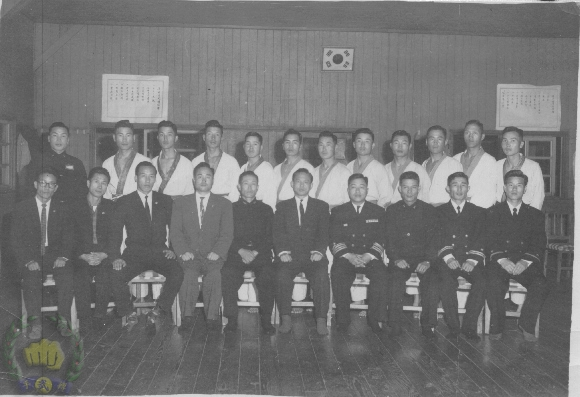 naval academ cadets in 1960 J T Hwang (11) is in the group