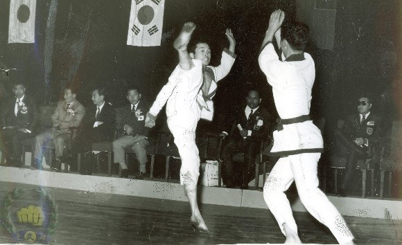 ja yu dae ryun demo 5th asian meet 1968