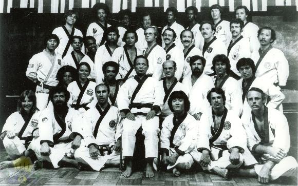 1975-6_GMH...